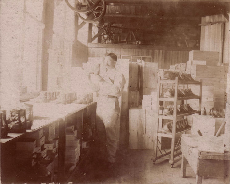Boot Makers   Unknown location 1915