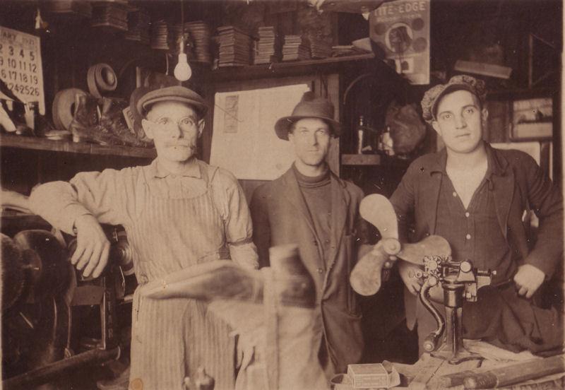Unknown Shoe Repair Shop - USA 1923.jpg