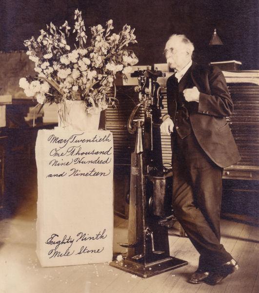 Crowe Shoe Nailing Machine 1919