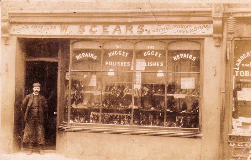 W Scears Boot & Shoe Maker - UK - 1920's.jpg