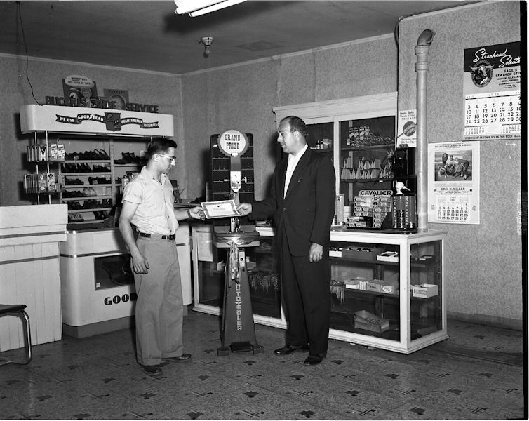 Bucchi & Sons   USA   1957   Prize Winner